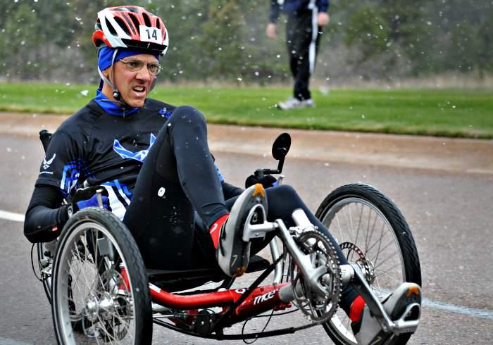 disabled people on triathlon