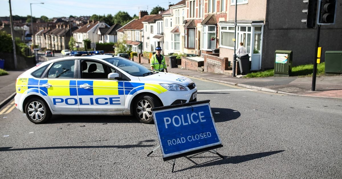 downend-road-in-kingswood-closed1